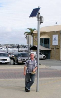 ACID Research Manager, A/Prof Andrew Brown, visits infopoint installation at Fremantle Boat Harbour